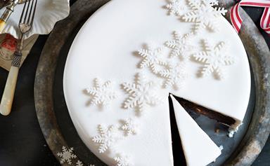 How to make the perfect Christmas cake