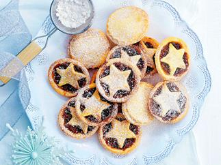 Chocolate fruit mince tarts