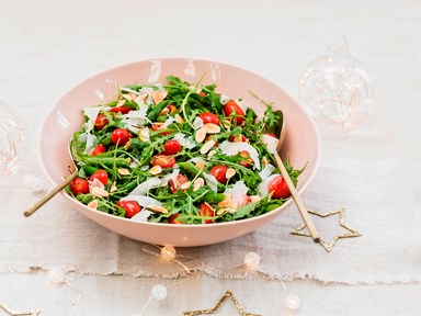 Asparagus salad with parmesan and almonds