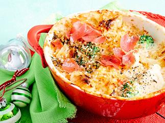 Cauliflower and broccoli au gratin