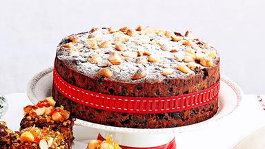 Orange and dark chocolate Christmas cake