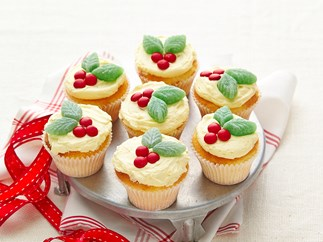 Holly Christmas cupcakes