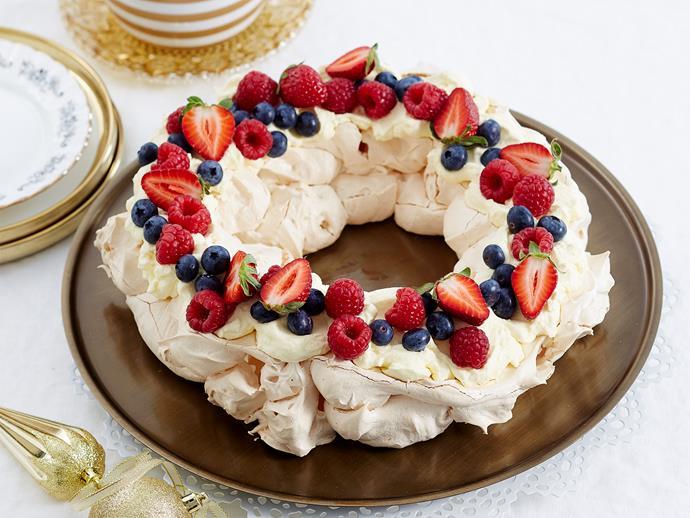 "**[Christmas wreath pavlova](https://www.womensweeklyfood.com.au/recipes/christmas-wreath-pavlova-1859|target=""_blank"")**  The ideal Aussie Christmas dessert!"