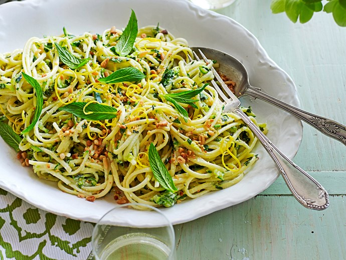 Tagliolini with zucchini, ricotta and mint