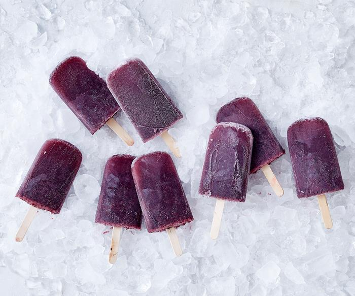 Watermelon, blueberry and limoncello punch pops