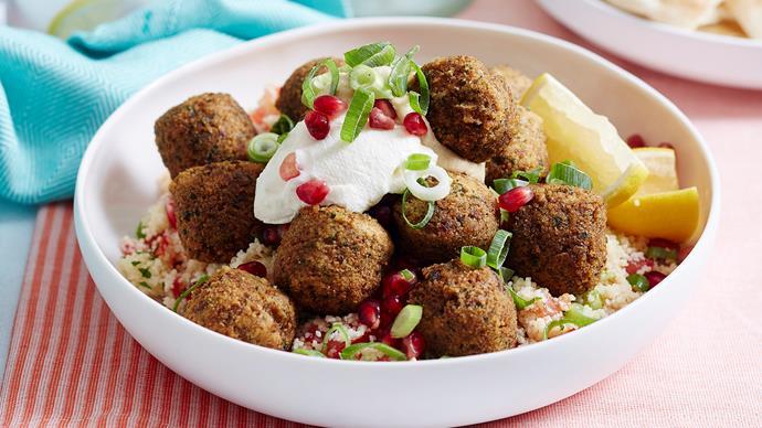 Tabouli couscous with falafels