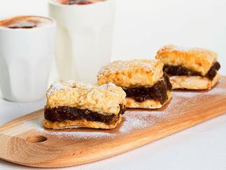 Nourish Cafe's date scones