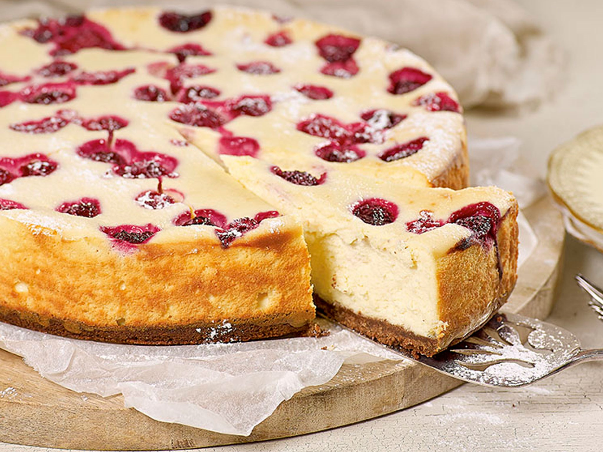 "[White chocolate and raspberry cheesecake](http://www.foodtolove.co.nz/recipes/white-chocolate-and-raspberry-cheesecake-35940|target=""_blank"")"