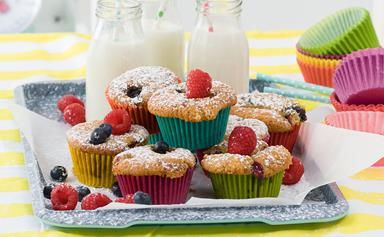 Kid-friendly berry cupcakes