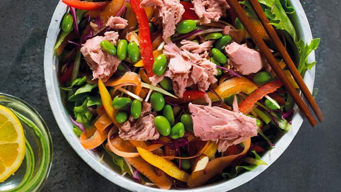 Easy edamame salad with tuna