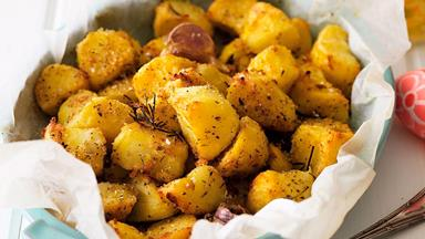 Crispy herb-roasted potatoes