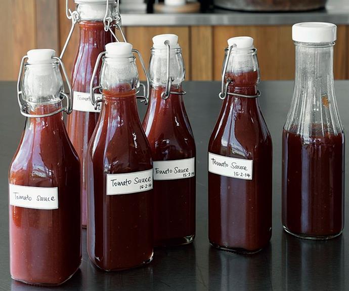 Home-made tomato sauce