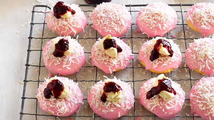 Raspberry lamington cookies