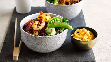 Stir-fry prawn and quinoa