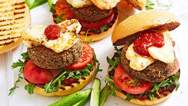 Haloumi, chickpea and quinoa burgers