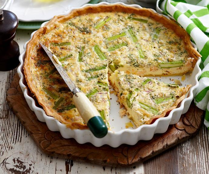 Salmon and asparagus quiche