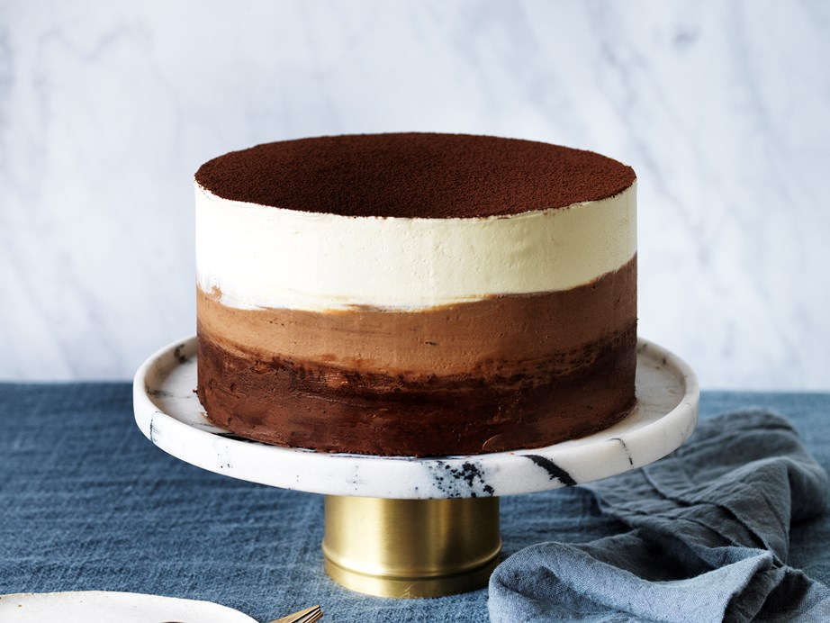 """This beautiful chocolate [buttermilk ombre cake](https://www.womensweeklyfood.com.au/recipes/chocolate-buttermilk-ombre-cake-2144