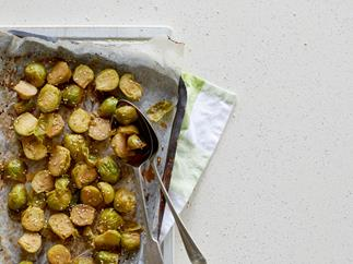 Roasted Brussels sprouts with maple glaze