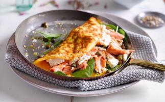 Salmon omelette with crispy capers