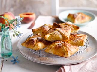 Peaches and cream pastry pockets