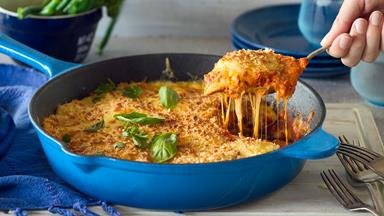 One-pan chicken parmigiana with spinach