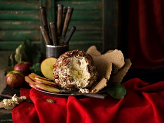 Bacon ranch cheese ball with crackers