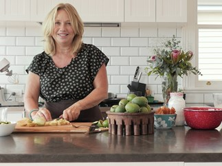 How to make the most of feijoa season with Nici Wickes