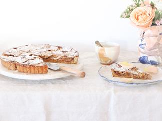 Feijoa and apple pie with spiced spelt pastry