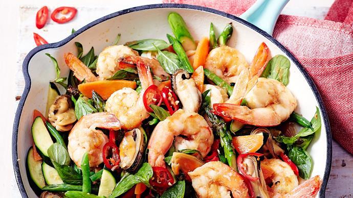 Mussel and prawn stir-fry
