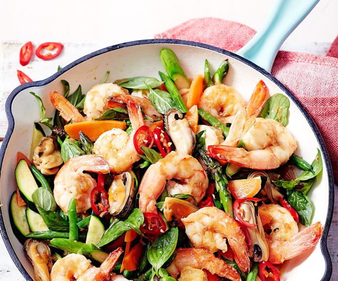 Mussel and prawn stir-fry