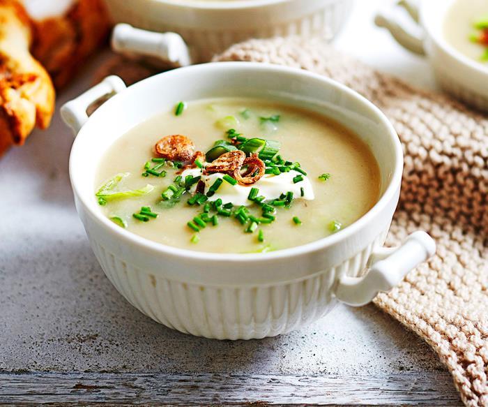 Onion soup with gruyère twists
