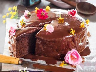 Easy chocolate and yoghurt cake