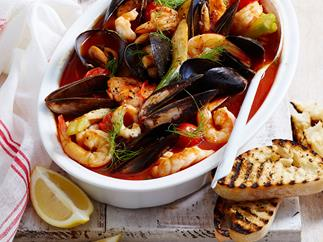 Italian-style fish stew with fennel and lemon