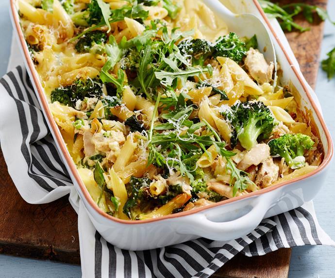 Creamy broccoli, garlic and tuna pasta bake with rocket