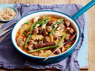 massaman sausage curry recipe