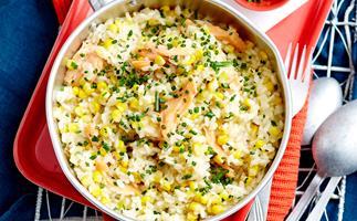 Smoked fish and corn rice pot