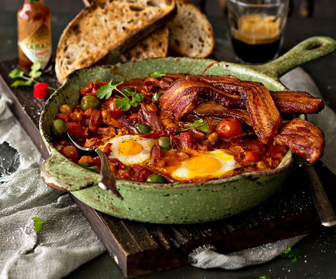 Fred's eggy beans and bacon