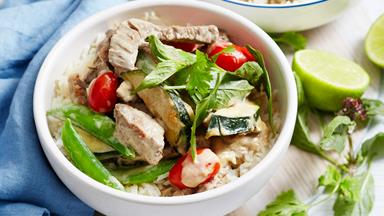 Freezer-friendly green beef curry