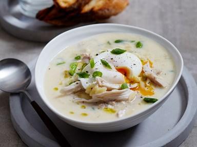 Avgolemono (Greek egg and lemon chicken soup)
