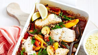 Diabetic-friendly Mediterranean fish bake