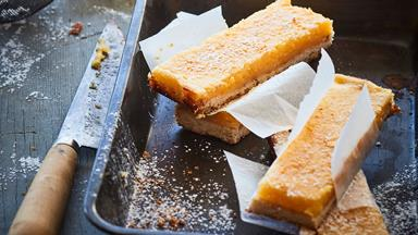 Lemon and rosemary oaty bar slice