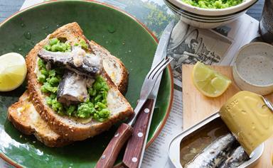 Sardines on toast with crushed lemony peas