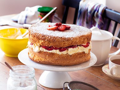 Mum's strawberry and cream sponge cake