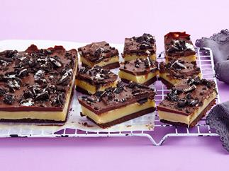 oreo caramel slice biscuit base