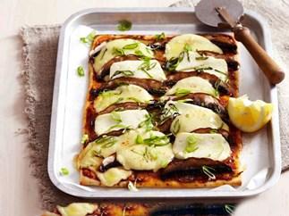 Mushroom and haloumi pizza