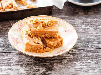 Walnut Russian fudge slice