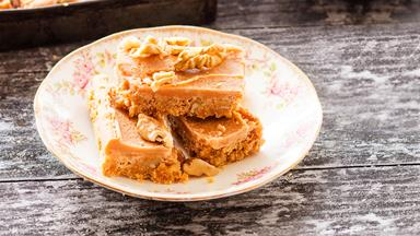 Walnut Russian fudge slice