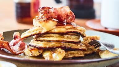 Magical gluten-free banana pancakes with crispy bacon