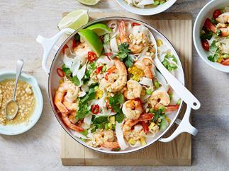 thai prawn salad with rice noodles