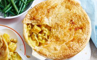 Half-jar curry paste, chickpea and pumpkin pie